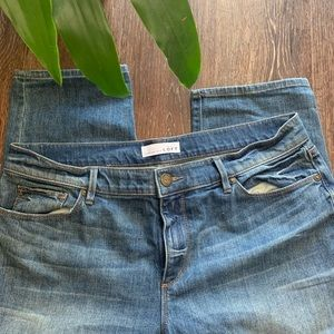 LOFT Jeans Super comfy cropped Sz 30/10 EUC